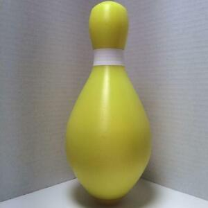 Duckpin-Bowling-Pin-Colored-Brand-New-Yellow-Duckpin-With-White-Neck-Marker