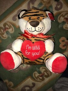 I-039-m-Wild-For-You-Tiger-With-Heart-14-034-Plush-Gift-Brand-New