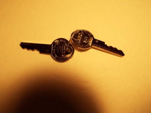 55-56-57-58-59-60-61-62  CHEVROLET Original Style Trunk Lock With  2 Keys /& Rod