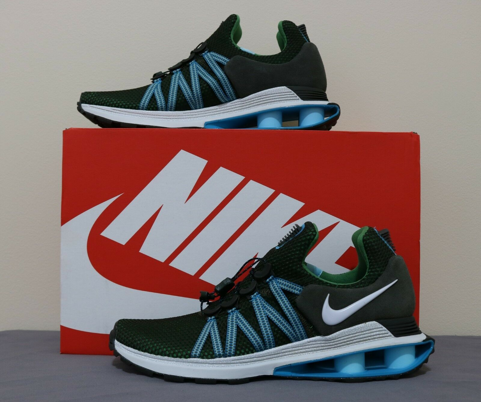 Nike Men Shox Gravity running shoes size 9 new with box AR1999300