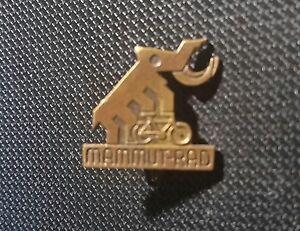 Mammut-Broche-en-Relieve-17x17mm-Antiguo-Original-Bicicleta