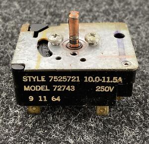 Frigidaire Oven Stove Range Vintage Top Burner Range Control switches