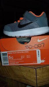 9e6f0bc0819e Image is loading New-In-Box-Nike-Flex-Rn-Toddler-Boys-