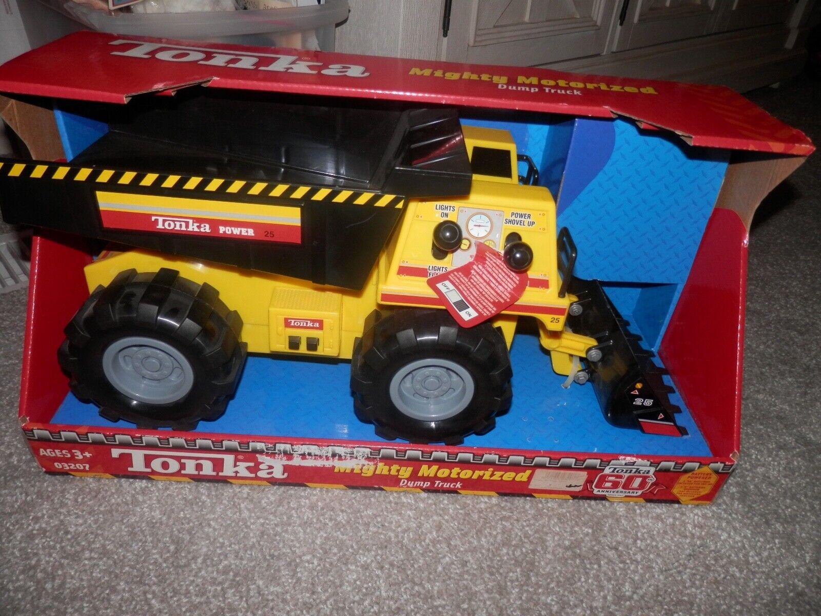 TONKA Mighty motorisés Camions à Benne 2007 RARE  60th Anniversaire 17  X 8  Boy 3up  en bonne santé
