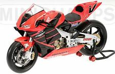 MINICHAMPS 122 017946 Honda RC211V  V Rossi die cast Test Bike 2001 1:12th scale