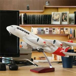 QANTAS-A380-LARGE-PLANE-MODEL-LED-CABIN-LIGHTS-amp-WHEELS-A380-APX-45cm