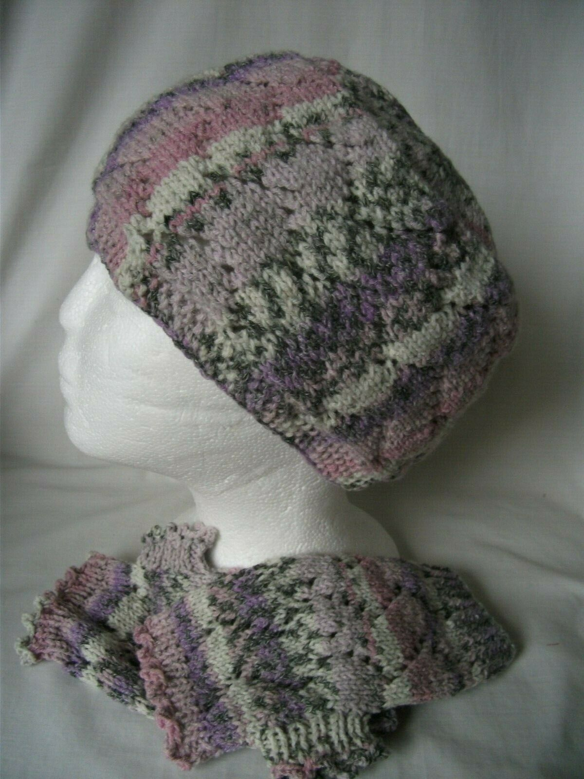 Hand-knitted Hat and Wrist Warmers Ref 2772