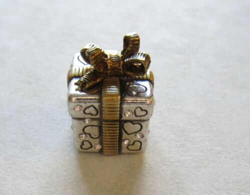 silver gold bow hearts  Christmas holiday GIFT BOX Brighton Spacer Charm