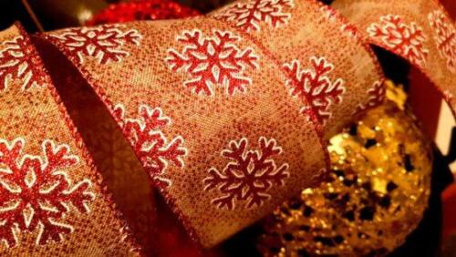 """Christmas Wire Edged Burlap Ribbon Vintage Red Paillettes Snowflakes 2.5/"""" Cake Tree"""