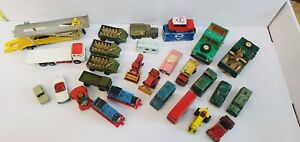 Lote-de-trabalho-de-veiculos-Brinquedo-Antigo-Vintage-incluindo-Fina-Classic-Motor-E-Caminhoes-Do