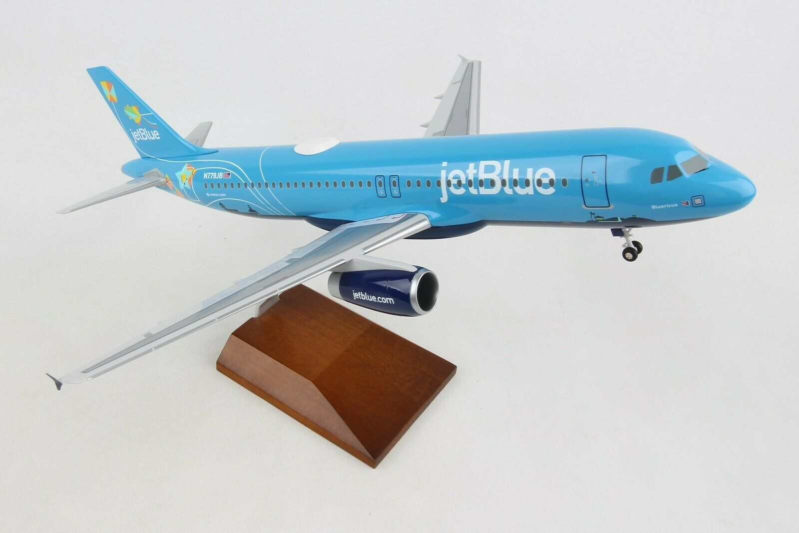 SkyMarks Supreme Jetbluee  blueericua  Airbus A320 1 100
