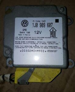 VW Passat 3B Steuergerät Airbag Airbagsteuergerät 1J0909607 Auto-Ersatz- & -Reparaturteile