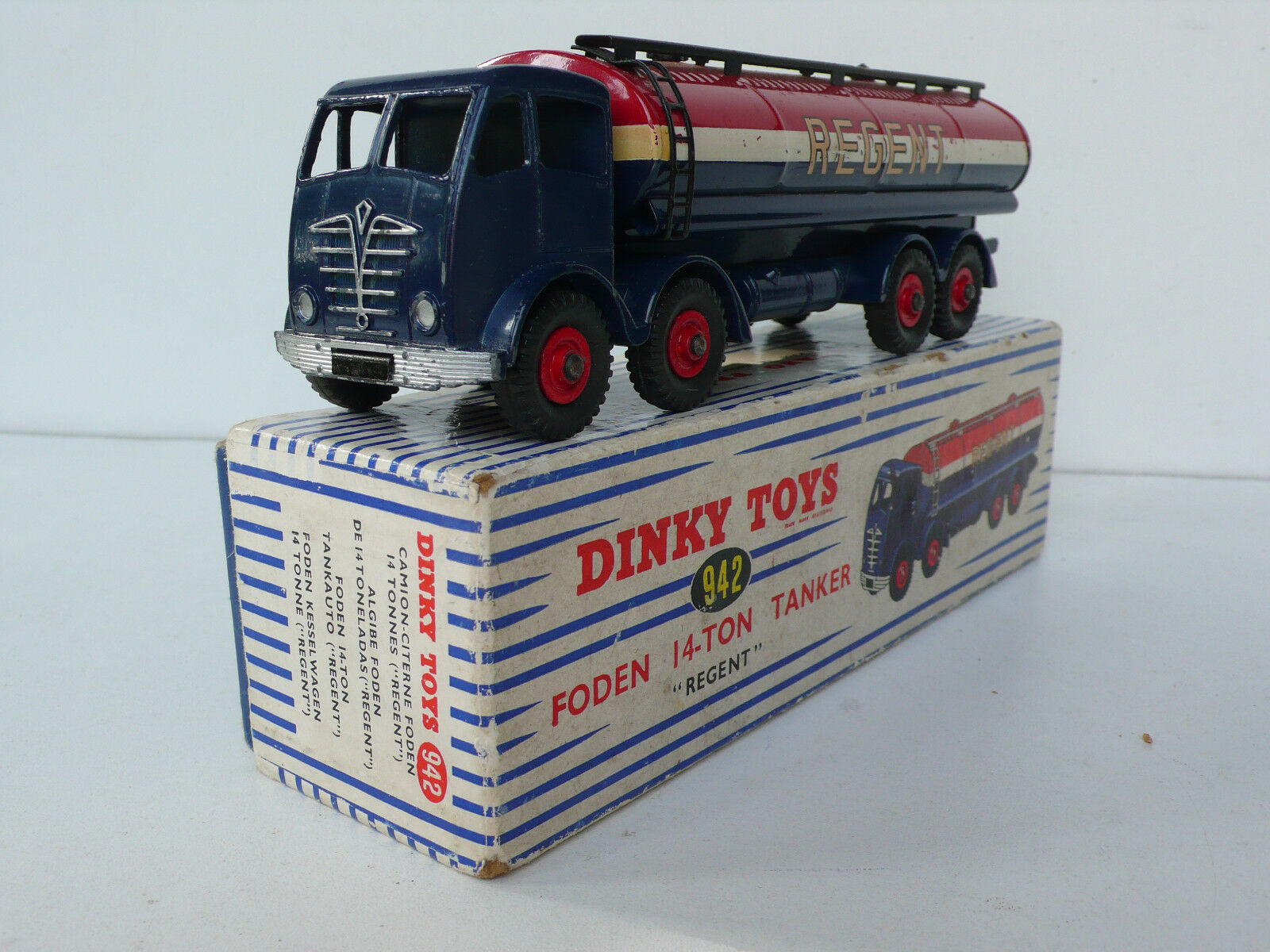 DINKY TOYS GB  FODEN 14-TON TANKER