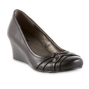 Jaclyn-Smith-Women-039-s-Quincie-Wedge-Shoe-Black-NWT-Med-width-MSRP-25