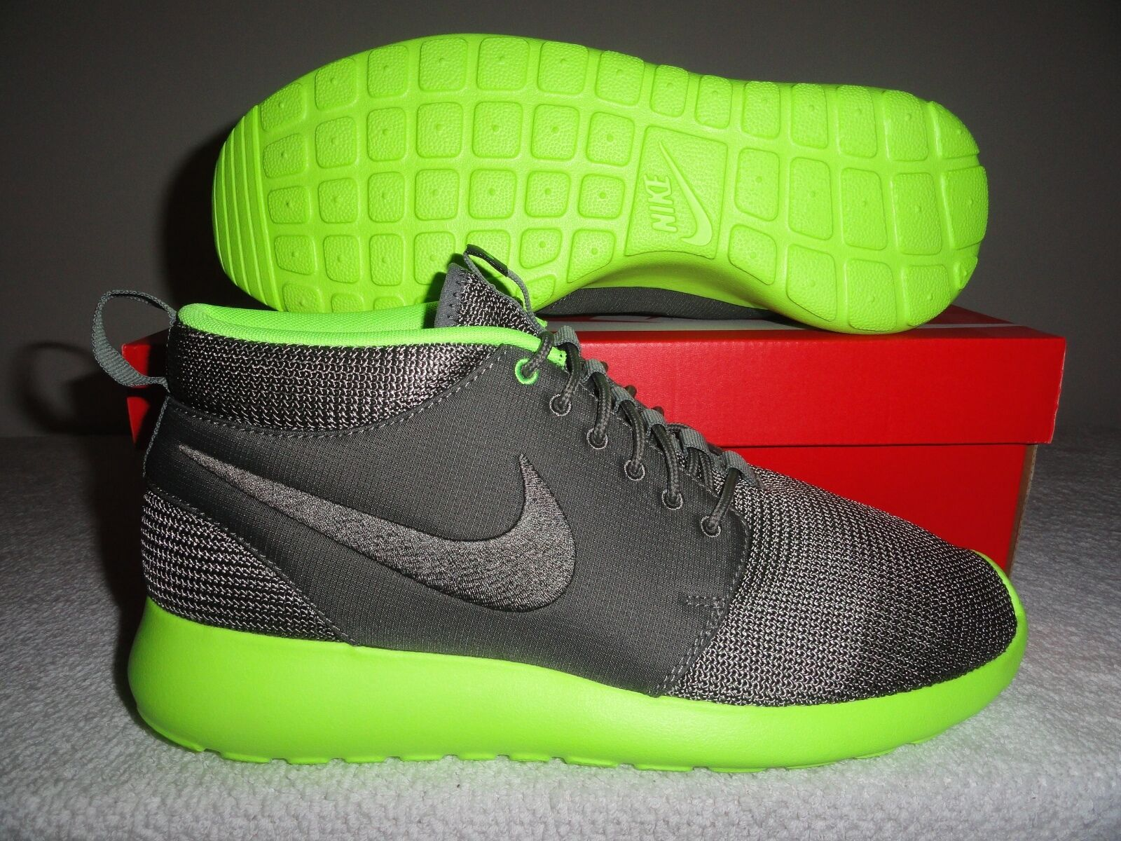 Nike Rosherun Mid Men's Running Sneakers 10 (New)