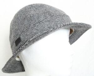 NWT Lacoste Black White Tweed Wool Gator Bucket Hat RK7542 Women s M ... cfd0ba45a9