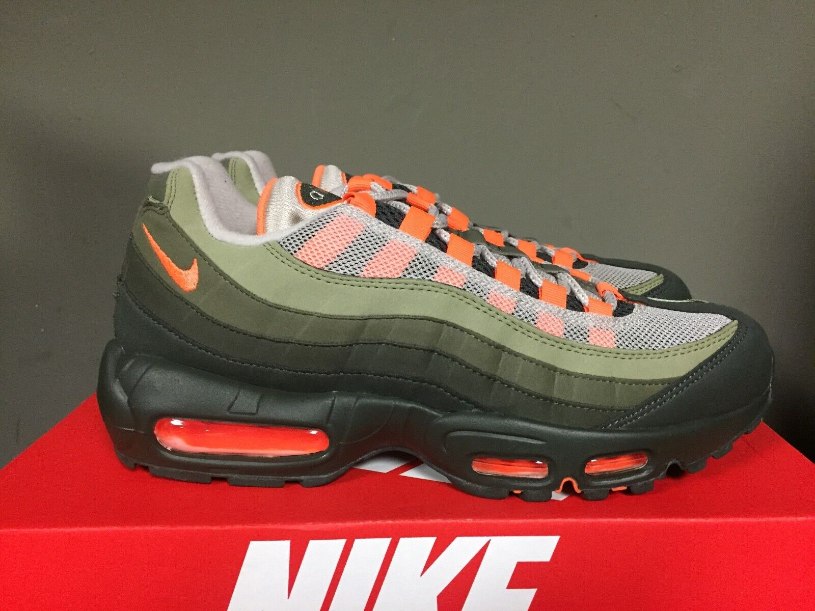 NIKE AIR MAX 95 OG STRING/TOTAL ORANGE-NEUTRAL OLIVE AT2865-200 NEW 2018