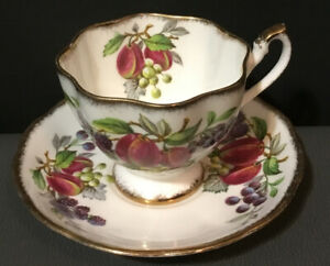 Vintage-Queen-Anne-Footed-Tea-Cup-amp-Saucer-Set-Fruit-Series-England-Pink-Purple
