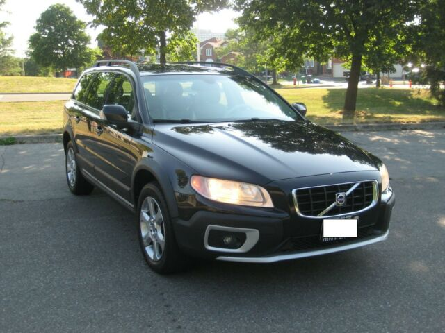 Volvo: XC70 INCLUDES 2 year Extended Warranty, NO Accidents