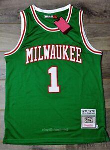 new arrival 40eaa 1b254 Details about Oscar Robertson #1 Milwaukee Bucks 1971-72 Throwback Jersey