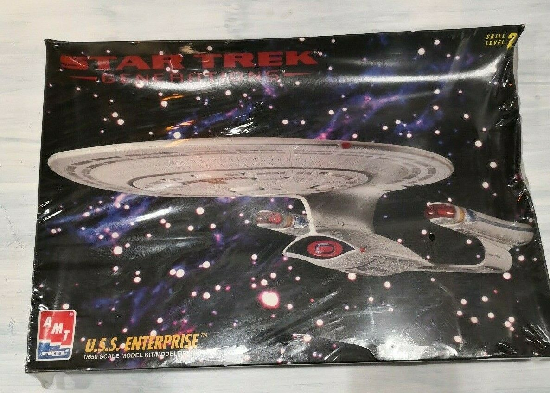 AMT ERTL 8793 Star Trek Generations U.S.S. Enterprise