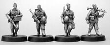 TQD GH11 20mm Diecast WWII German Bare Headed Summer Infantry inc. Mg34
