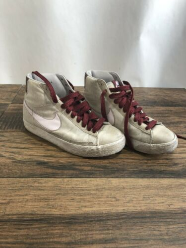 "Nike Women's Blazer Mid 73 ""Miss Piggy"" Exclusive"