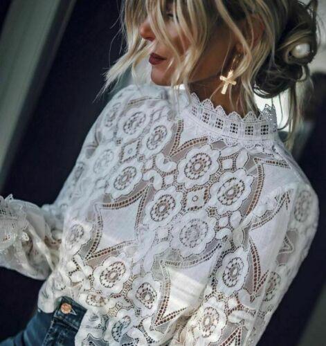 Zara BLOGGER blancuzco combinado superior de encaje cuello alto blusa Victoriano Mezcla de Algodón