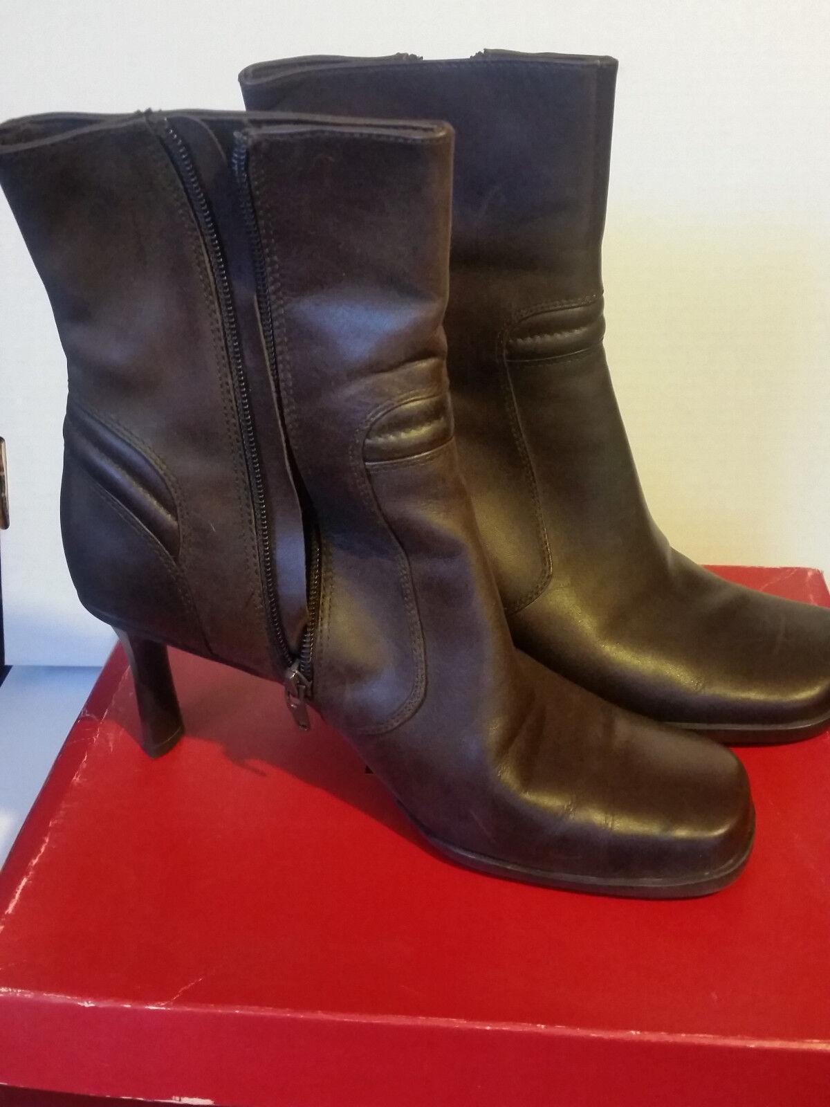 Victoria Spenser Debbie Brown High Heel Leather Boots Womens Size 8.5 M
