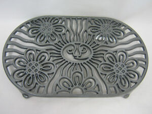 VICTOR ROBERT WELCH CAST IRON TRIVET PAN STAND POT STAND DOUBLE ~ BLACK ~ VCW315