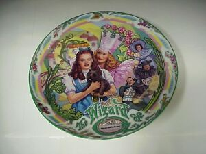Wizard-of-Oz-Muchkinland-Musical-7-1-2-Collector-Windup-Music-Box-Plate-H-869