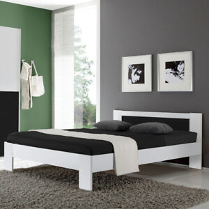 bett vega futonbett in wei und schwarz mit rollrost und. Black Bedroom Furniture Sets. Home Design Ideas