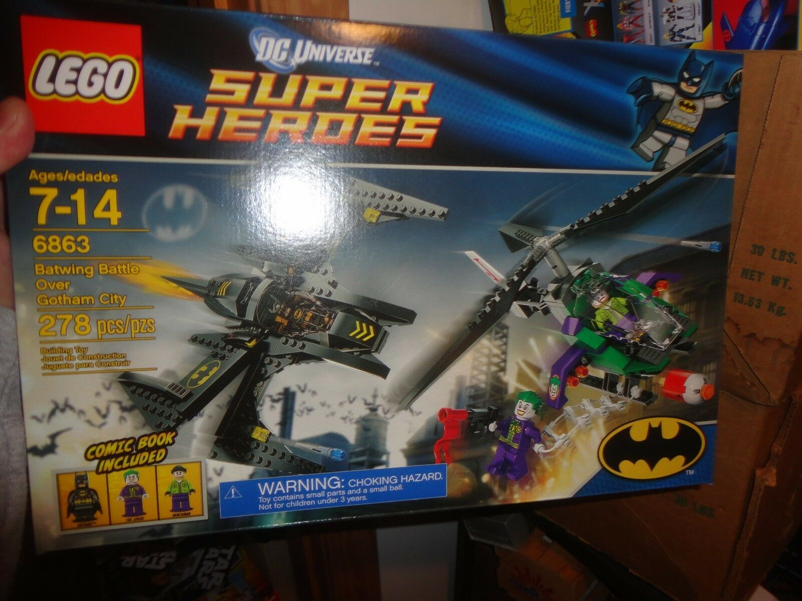 LEGO SET BATWING BATTLE OVER GOTHAM CITY, NEVER OPENED, SEALED