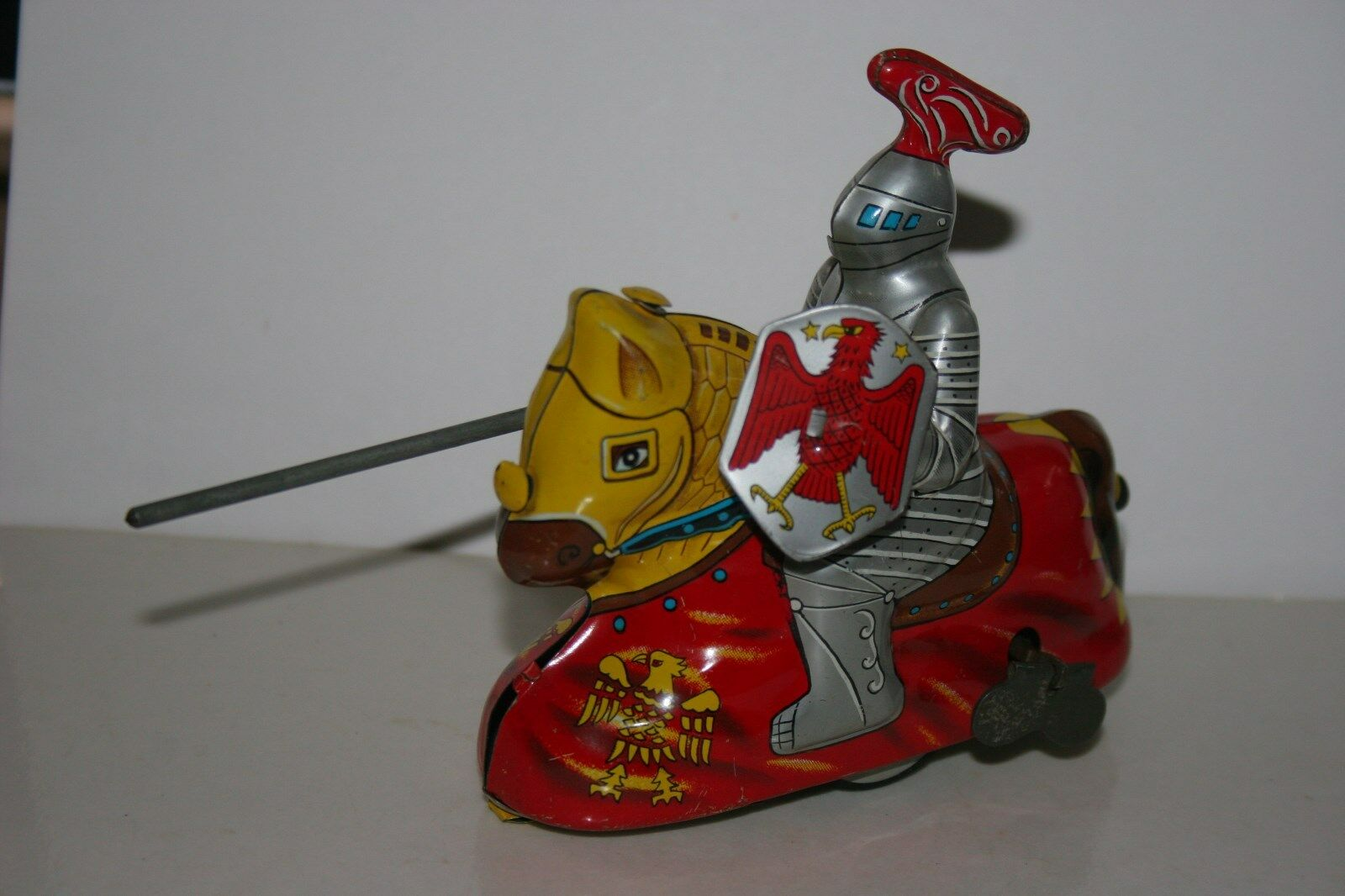 RARE VINTAGE 1950'S HAJI WIND UP TIN MEDIEVAL KNIGHT ON A HORSE