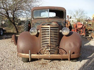 Chevrolet: Other Pickups 1/2 TON