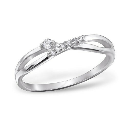 925 Sterling silver infinity ring with Cubic Zirconia stones