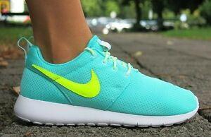 Scarpe-Nuovo-Nike-Rosherun-Roshe-una-Gs-Jogging-da-Corsa-Sneaker-Donna-Tgl-37-5