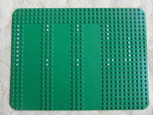 LEGO PLATTE BAUPLATTE GRUNDPLATTE  25,5 x 19 CM MIT WEIßEN PUNKTE MIT Nr LEGO Bau- & Konstruktionsspielzeug 0915