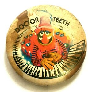 DOCTOR-TEETH-The-Muppet-Show-Old-OG-Vtg-1970-s-Button-Pin-Badge-37mm