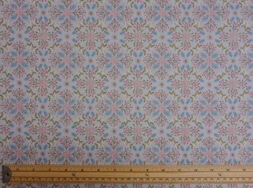 Lewis et Irene Hiver à Bluebell Bois Noël 100/% Coton Patchwork Tissu