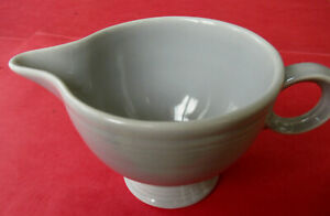 Vintage-1951-Fiesta-GRAY-Ring-Handle-Creamer-MINT-CONDITION-Great-Color-Premium