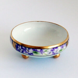 OLD-1913-Hand-Painted-T-amp-V-LIMOGES-FRANCE-FOOTED-DECORATIVE-FLORAL-GOLD-BOWL