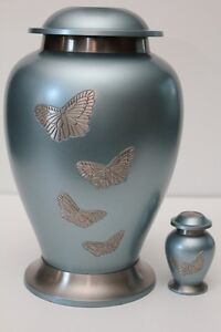 ELEGANT ADULT BRASS BUTTERFLY CREMATION URN NEW URNS WITH A FREE KEEPSAKE - Moorpark, California, United States - ELEGANT ADULT BRASS BUTTERFLY CREMATION URN NEW URNS WITH A FREE KEEPSAKE - Moorpark, California, United States