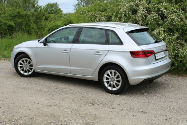 Audi A3 1,4 TFSi 122 Attraction SB - billede 1