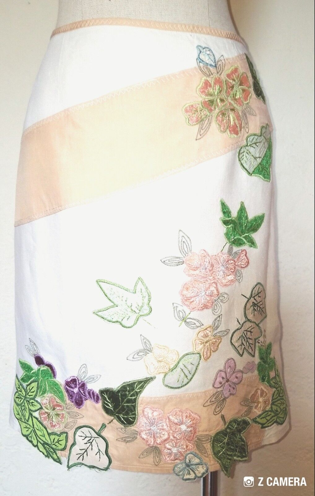 Nanette Lepore Ivory Multicolord Embroidered Floral Print Skirt Size 2