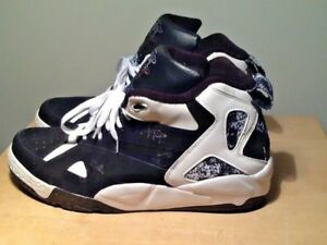 1814980b3dfc42 Reebok Blacktop Men s Shoes Sneakers Black and White size 13 ...