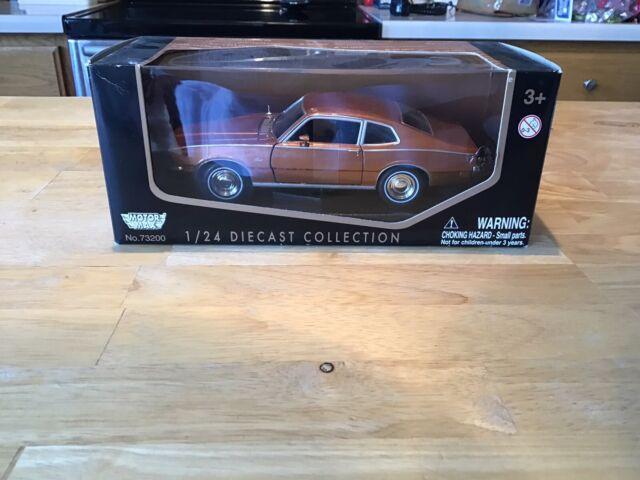 1969 Pontiac GTO Judge Orange Motormax 73242 1//24 Scale Diecast Model Car
