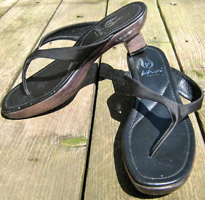 4371ca4eb5acc Details about WHO'S ASIAN STYLE LADIES CARVED WOODEN SOLE SANDALS FLIP  FLOPS SHOES BLACK 38