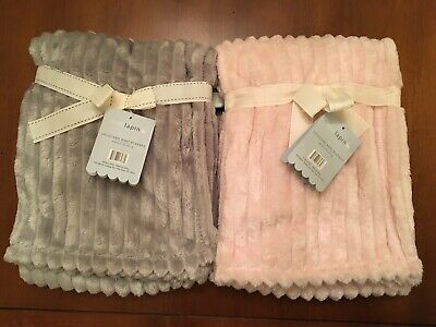 Mon Lapin Luxury Baby Blanket 30 x 40 Jacquard Braid Choice of White Pink Blue