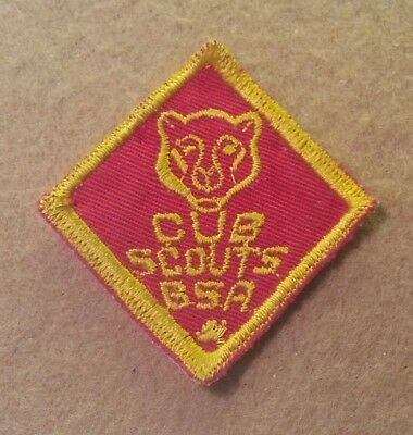 TWILL 1950/'s 1971 CUB SCOUT BEAR RANK PATCH A00597